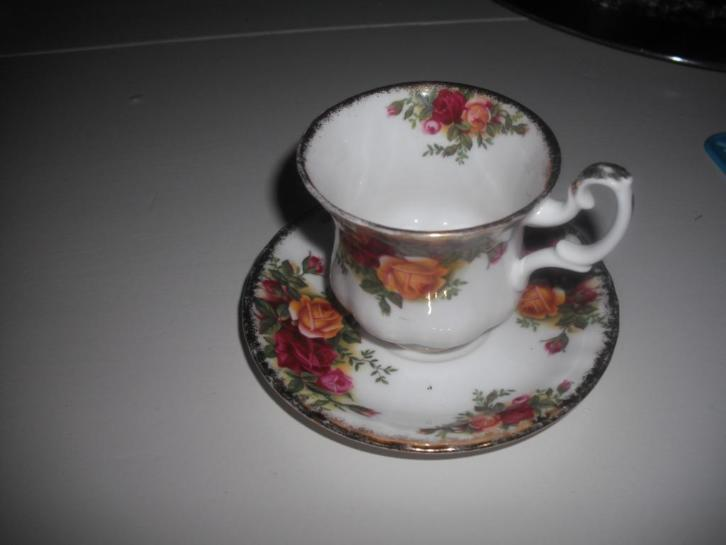 Royal Albert Old Country Roses koffiekopje