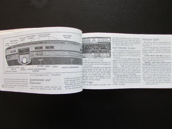1977 Cadillac owners manual, in plastic mapje.