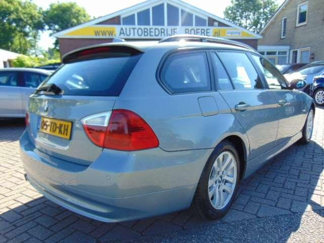 BMW 3-serie Touring 318d Executive Climate Cntrll/Pdc/16''Lm
