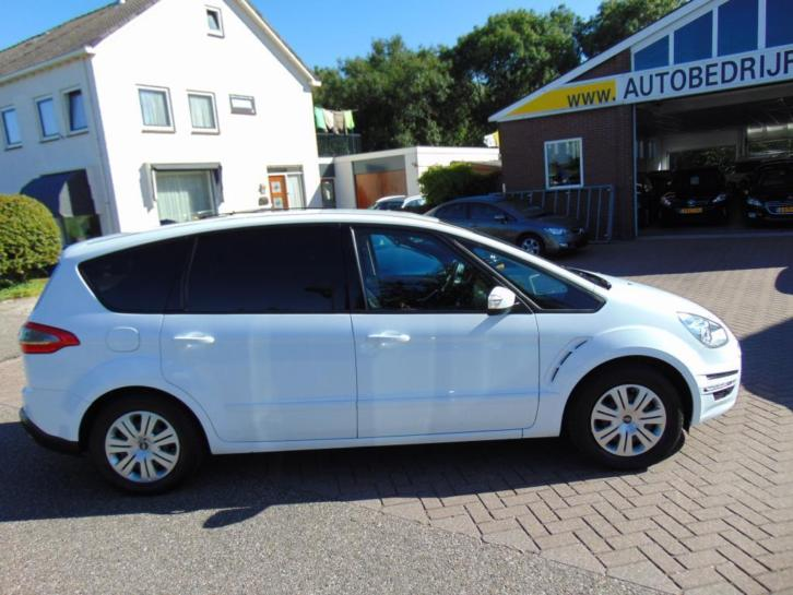 Ford S-Max 1.6 EcoBoost 160pk 7-Pers. Trend Bns Navi/Trekhaa