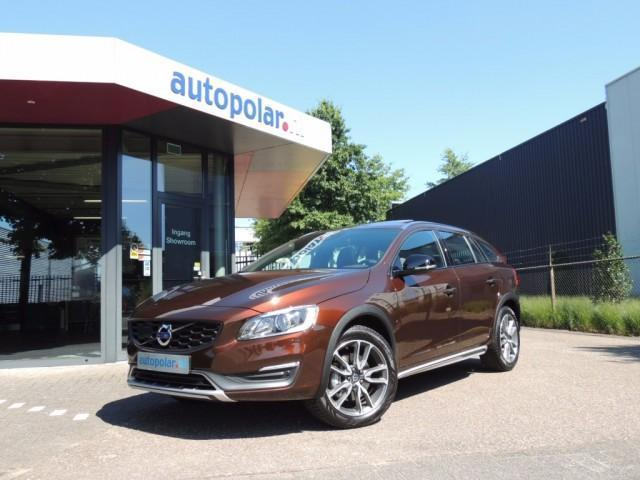 Volvo V60 Cross Country T5 245pk Aut. Summum / Full Option