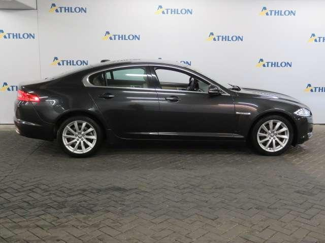 Jaguar XF 2.2D Business Edition Automaat - Xenon - Leer - Na