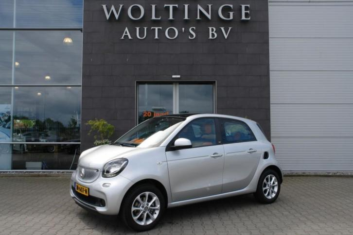 Smart Forfour 1.0 Passion / Cool & Audio / Comfort / Panoram