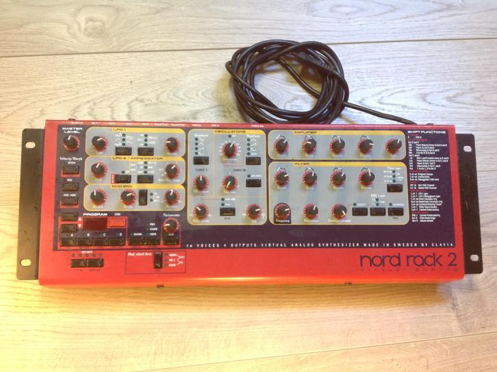 Nord lead rack 2 Synthesizer