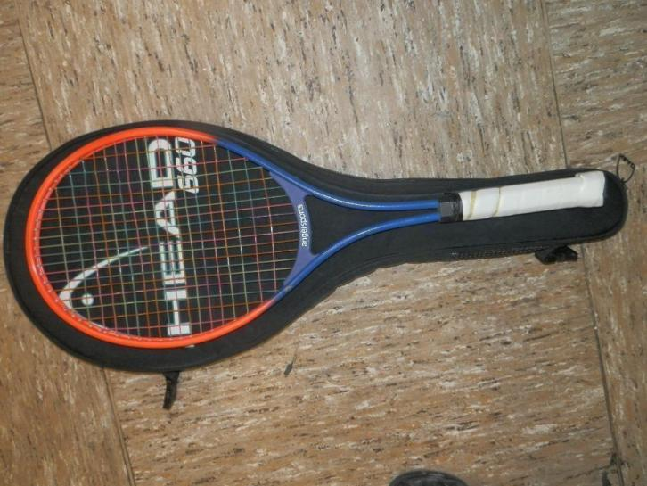 Tennisracket Head + hoes Pandjeshuis Harlingen Friesland
