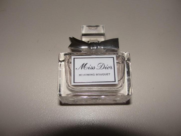 Dior miss blooming bouquet miniatuur