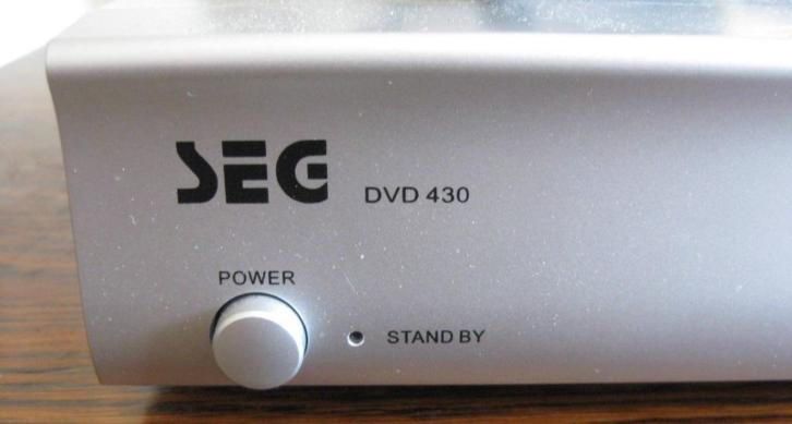 SEG DVD Player type DVD 430 NL met afstandbediening
