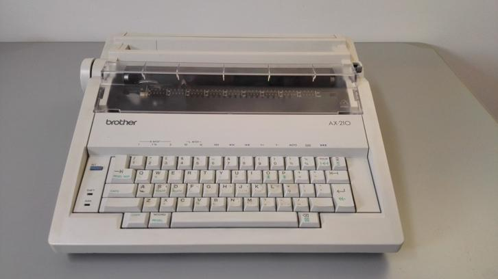 Brother AX-210 typemachine
